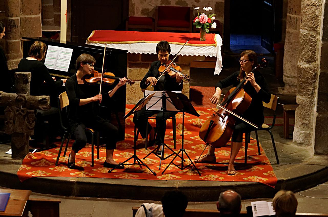 Marie-Jo, Muriel, Marie-Françoise et Nathalie: Divertimento de Haydn