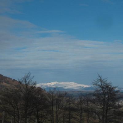 Vue sur le massif du Sancy en hiver