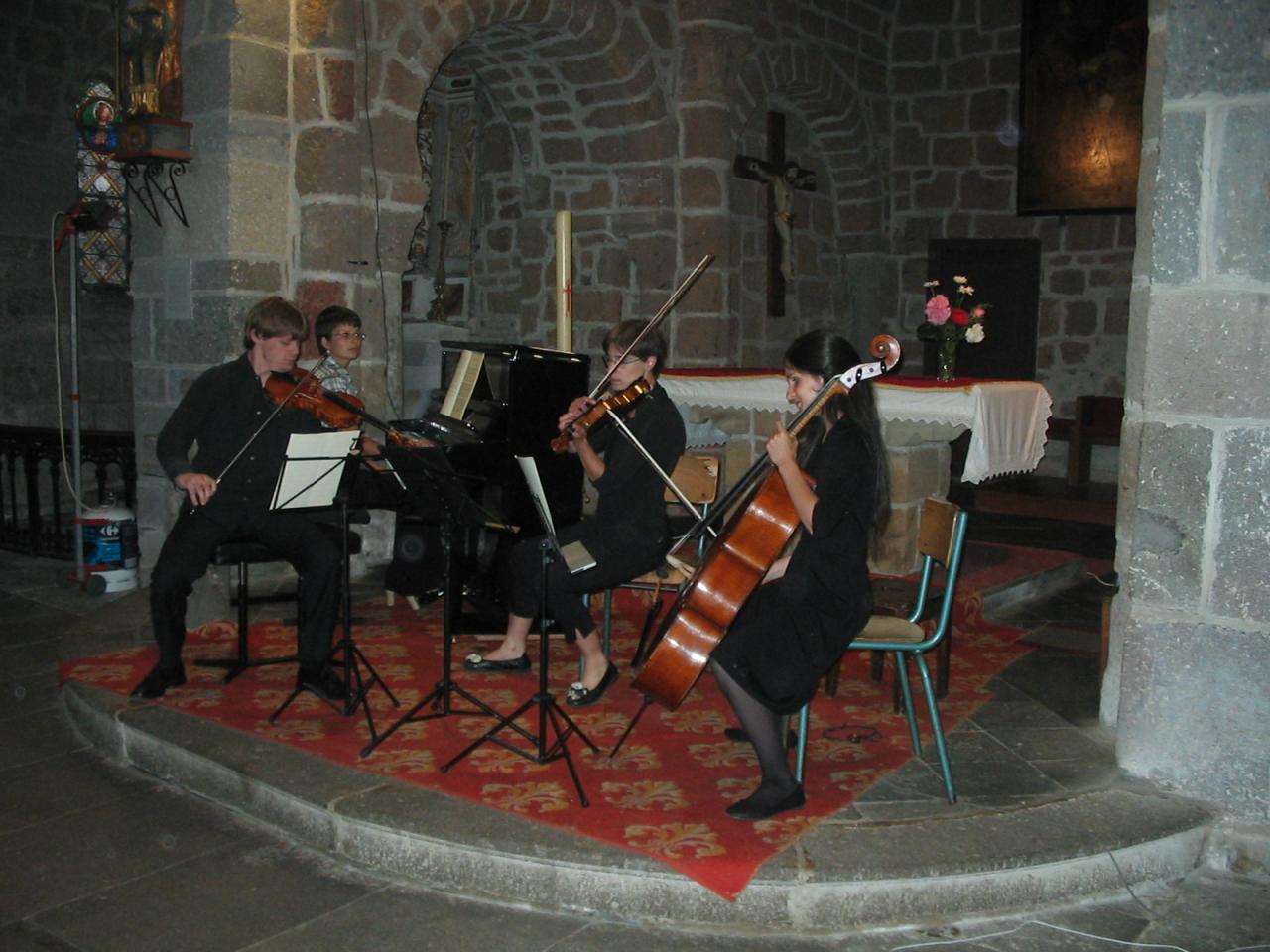Gregor, Olga, Muriel, Morgane: Bagatelle de Dvorak