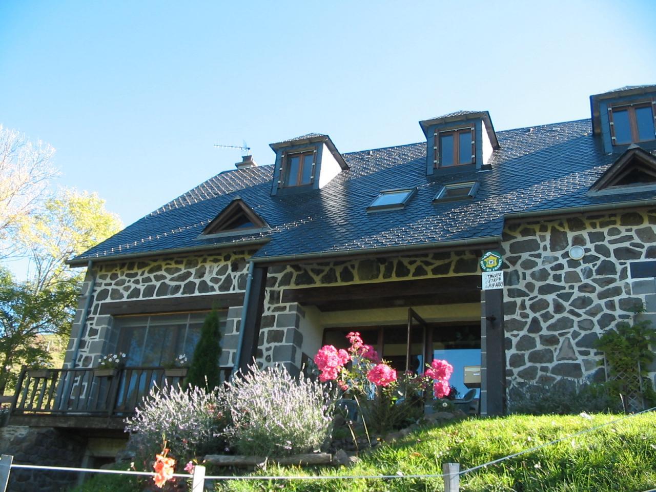 Gite d'étape du Puy Mary, possible en hébergement libre