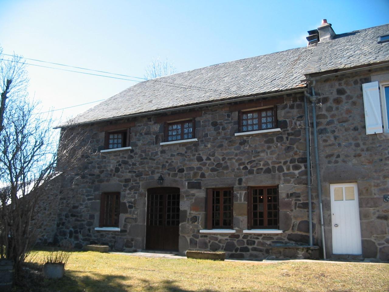 Cheylade, campagne: gite de Fouilloux (4 chambres)